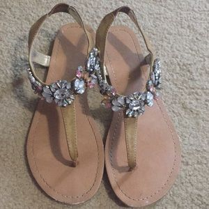 Madden Girl Jeweled Toe Thong Sandals 8